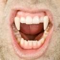 Denti Vampiro retrattili